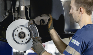 Service remplacement disque frein - Euromaster